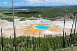 yellowstone-20-grand-prismatic-spring-pohled-seshora.jpg