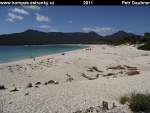 tasmania-16-freycinet-np-wineglass-bay.jpg