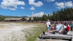 yellowstone-06-old-faithful-geyser-cekani-na-erupci.jpg